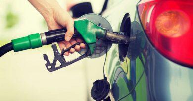 franta interzice automobilele pe benzina si diesel