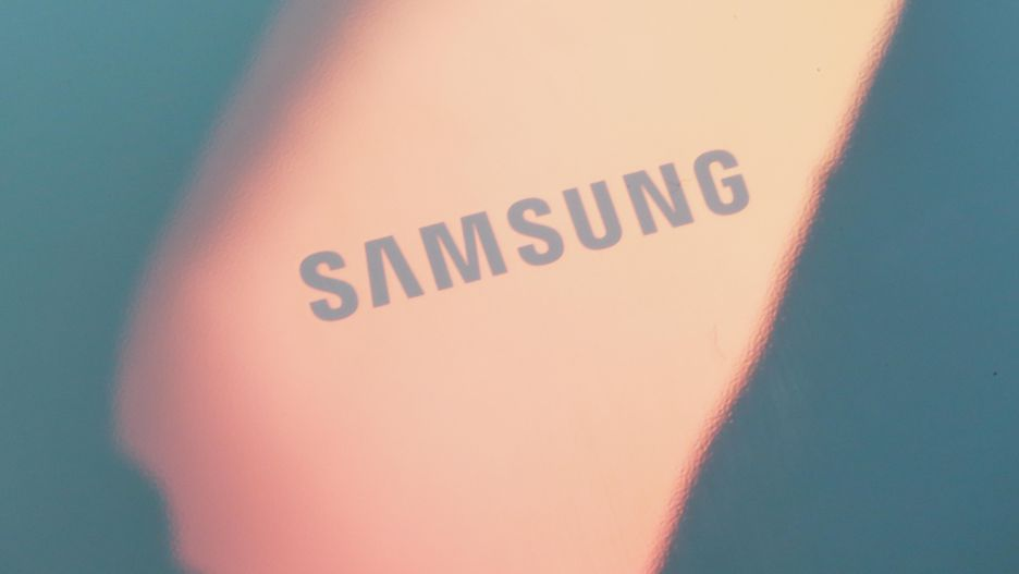 reflexie telefon samsung galaxy s10