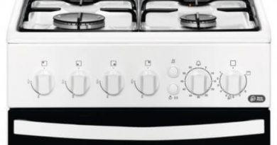 Review Aragaz Zanussi ZCG512G1WA, Gaz, 4 Arzatoare, Aprindere electrica plita/cuptor, Grill, Rotisor, 50 cm, Alb